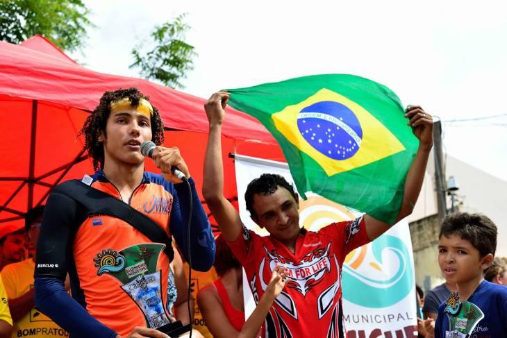 Premiação dos vencedores gostosenses do ciclismo  (Foto: Ariclenes Silva)