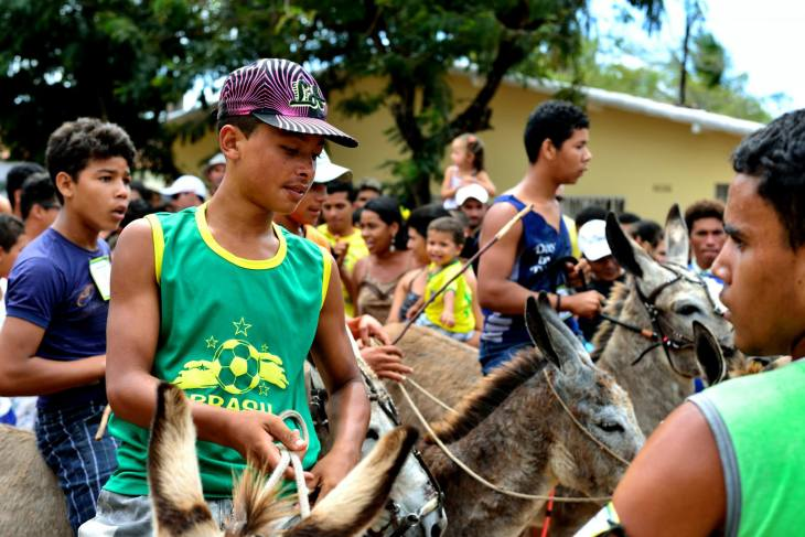 Chegada da corrida de jegue  (Foto: Ariclenes Silva)