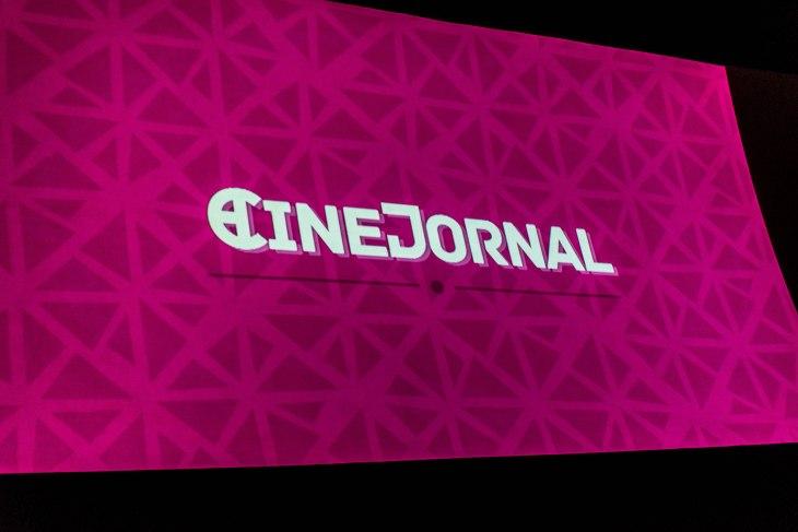 CineJornal foi atração muito receptiva antes da Sessão.