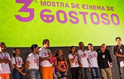 """Elenco e diretores do curta gostosense """"O Pai da Noite""""."""