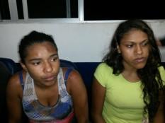 Duas meninas também foram apreendidas na operação.