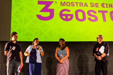 Personalidades discursaram como a senadora Fátima Bezerra.
