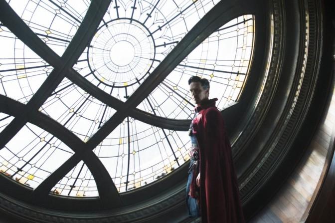 Apesar do vilão fraco, Doutor Estranho é mais um triunfo da Marvel