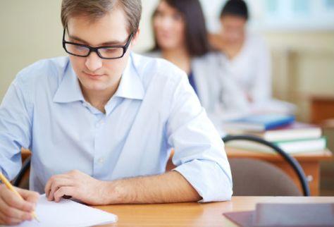 ensino-para-adultos-favorece-a-troca-de-experiencias