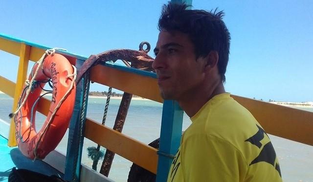 INSTRUTOR DE KITESURF MORRE AFOGADO AO TENTAR SALVAR FILHO EM GOSTOSO