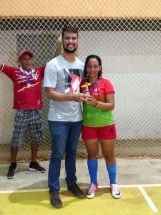 Artilheira da competição, Mariana.