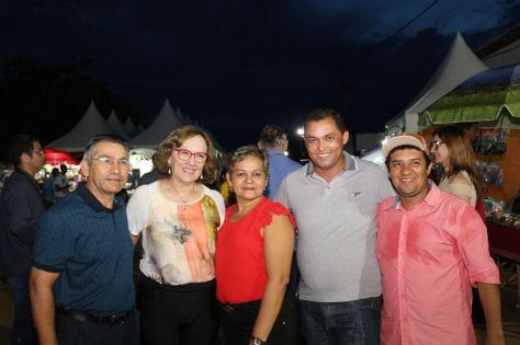 Zenaide com amigos em São Paulo do Potengi
