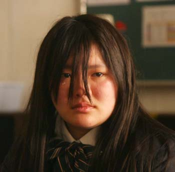 switched-netflix-dorama-serie-japonesa-alma-ayumi-corpo-zenko