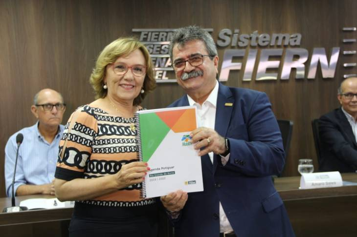 Zenaide e o presidente Amaro Sales