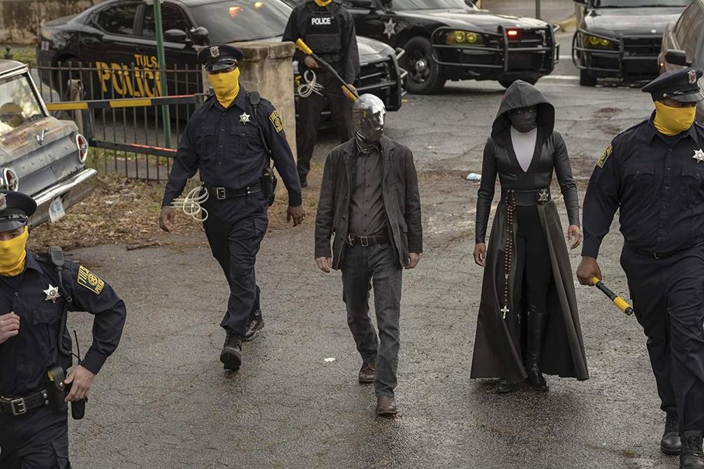 watchmen-tim-blake-nelson-regina-king